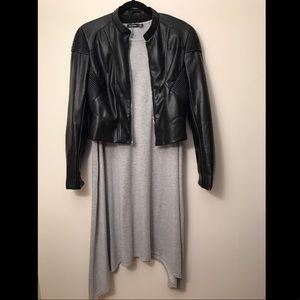 BOOHOO: Reverse Hem Gray T-Shirt Dress!